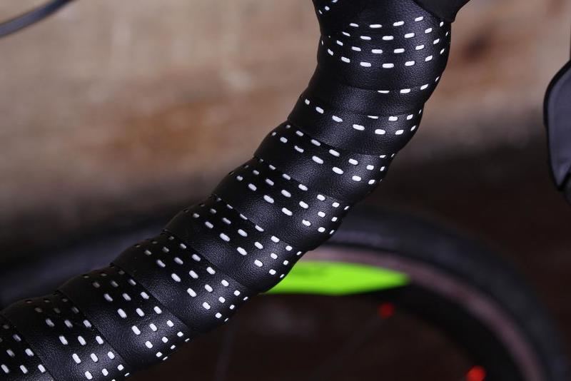 Large merida reacto 5000 bar tape