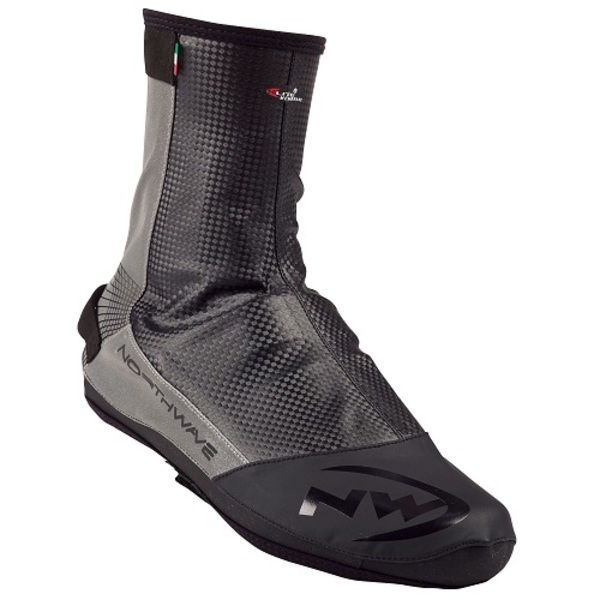 Large northwave extreme overshoes